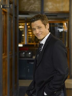 Seamus-Dever.jpg